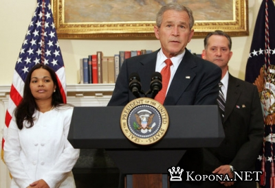 Джордж Буш спел для вашингтонских журналистов