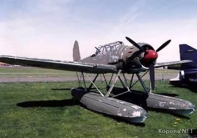 Бумажная модель самолёта Ar196.